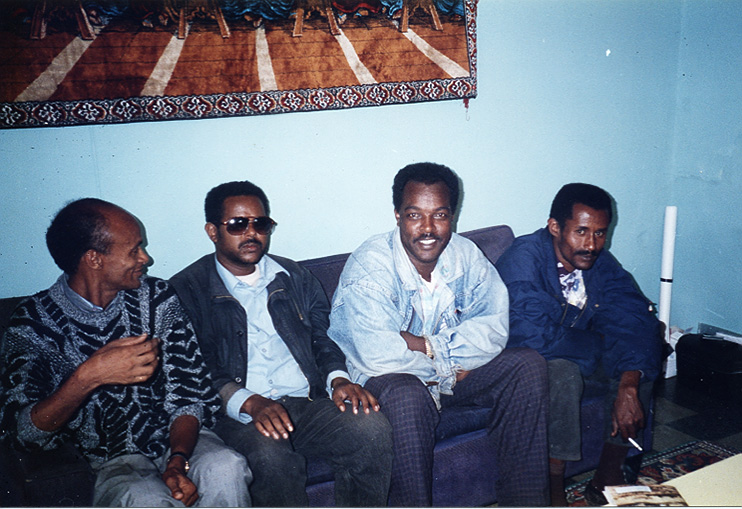 Dawit Isaak med kolleger 1995.